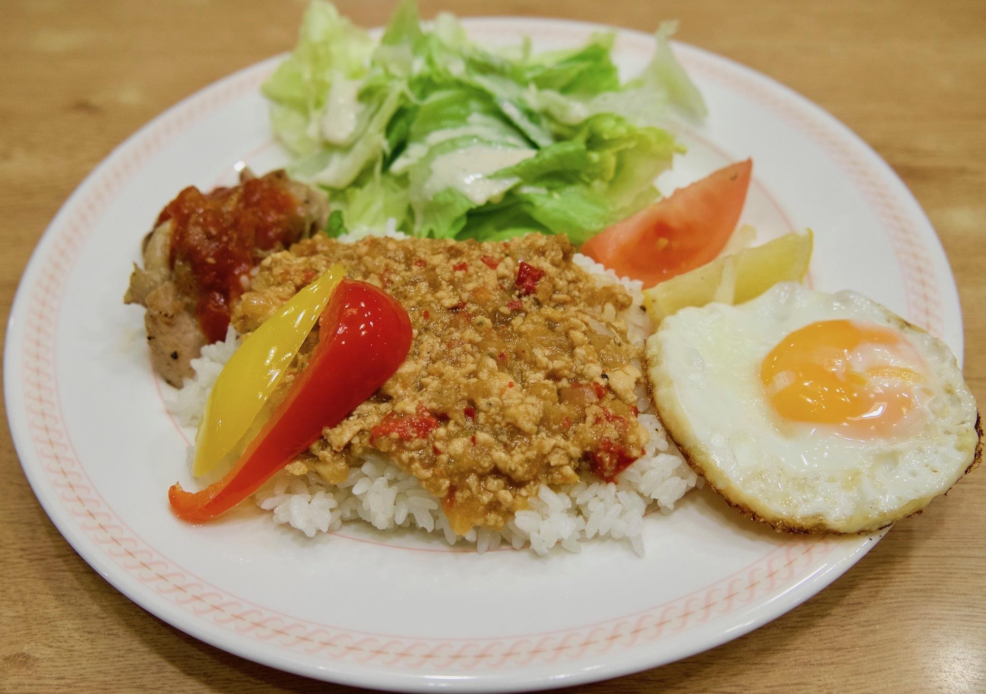 九州でお馴染み激安ファミレス「ジョイフル」で『ガパオライス』を食べた!