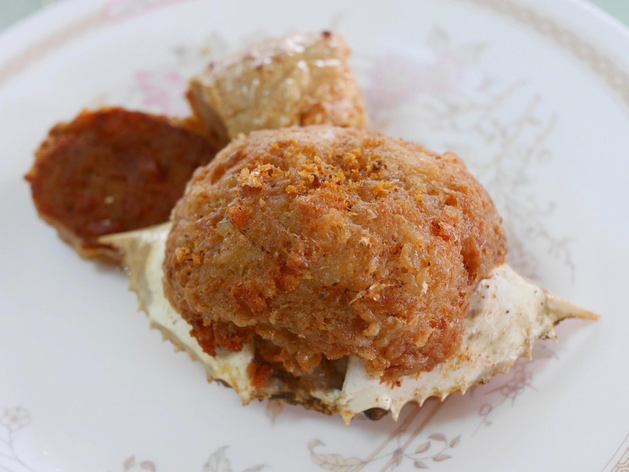 ノンモン市場で食べる名物料理。カニ肉ギッシリ!『プージャー』と『ヘーグン』